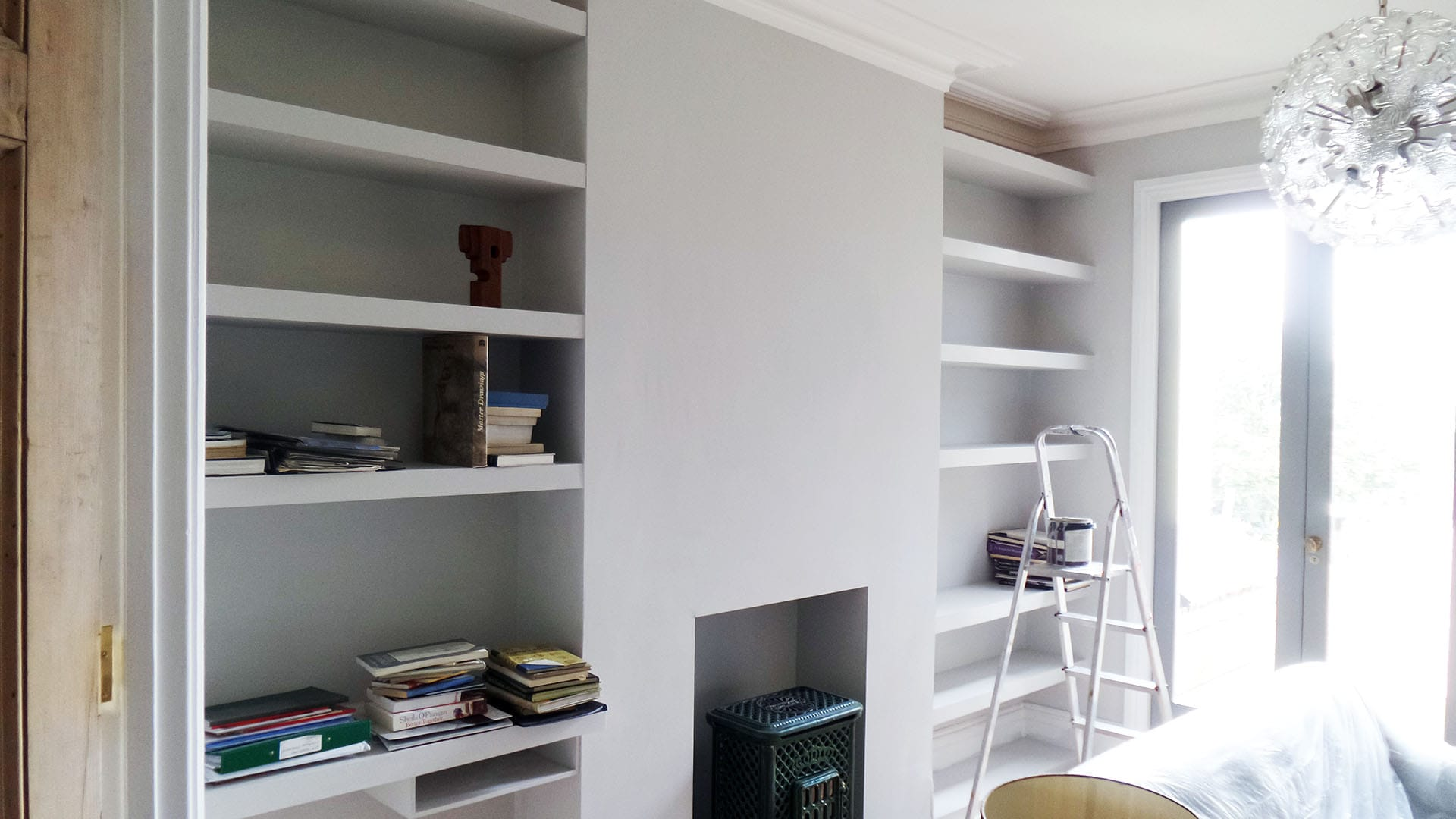 Alcove shelves by Salmon Building